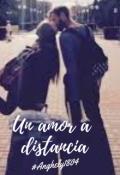 """Cubierta del libro """"Un amor a distancia"""""""