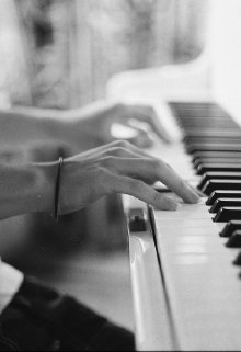 """Книга. """"Под звуки фортепиано..."""" читать онлайн"""
